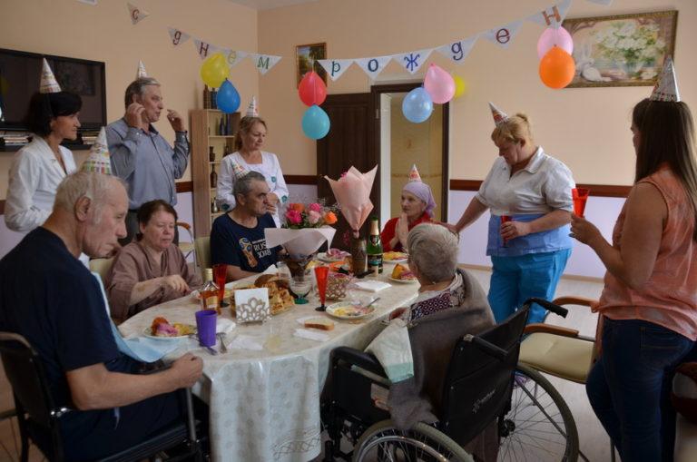Read more about the article Отмечаем день рождения самой заботливой бабушки «Лосиного острова»