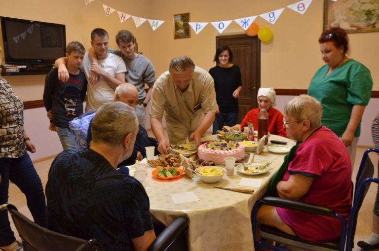 Read more about the article Отмечаем День рождения нашего постояльца в «Лосином острове»!