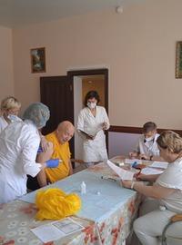 Read more about the article Массовая вакцинация в пансионате «Лосиный остров»